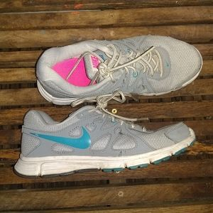 Women's nike revolution 2 shoes